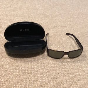 Vintage Gucci Tortoise Sunglasses GG 2563/S